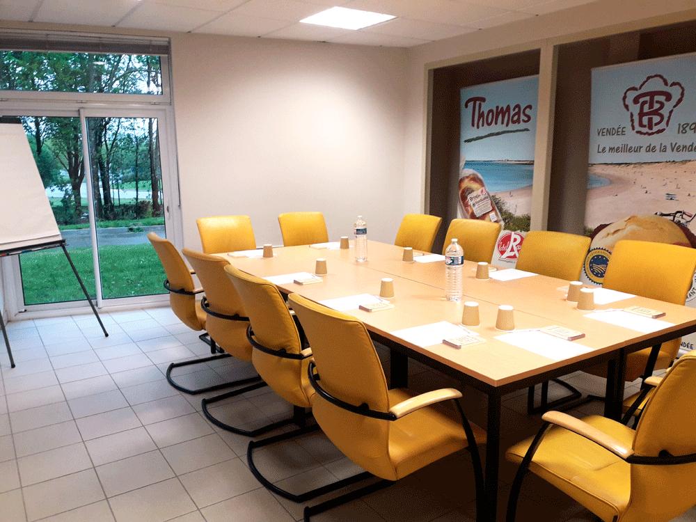 Salle-de-Réunion_THOMAS-BRIOCHE
